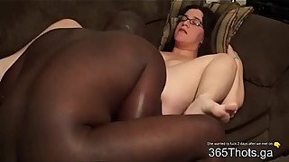 BBC emptied sac in white BBW Milf