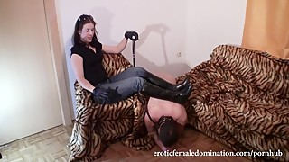 Teasing Cuckold Husband With Oiled Feet